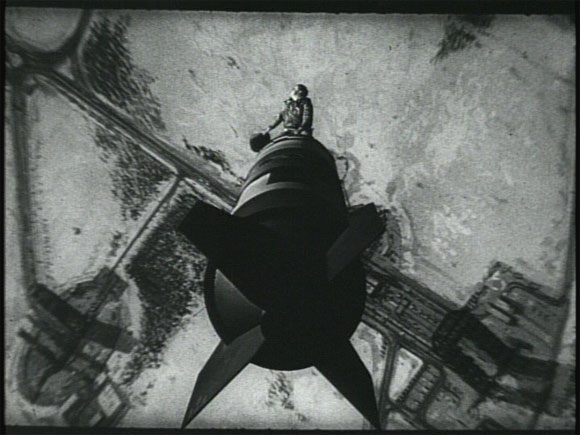 Dr._Strangelove_-_Riding_the_Bomb_top10films