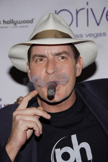 charlie sheen house. Charlie Sheen tries to prove