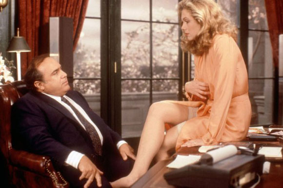 Top 10 Films Of Danny DeVito - War of the Roses