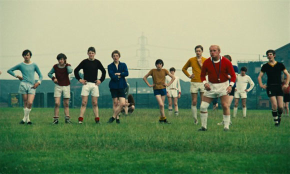 kes the film movie Kes 33k likes the film focuses on 15-year-old billy casper, who has little hope  in life and is bullied, he turns to a kestrel as a best friend.