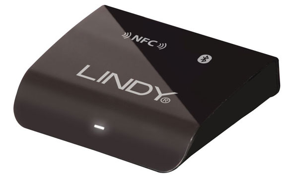 perfect-christmas-night_gift-ideas_lindy-audio-bluetooth