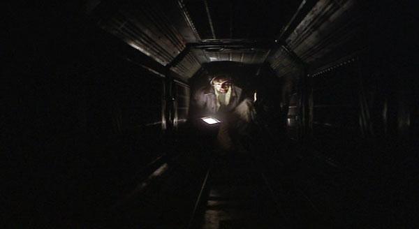 Alien_classic-scene_Dallas_Ridley-Scott_3_top10films