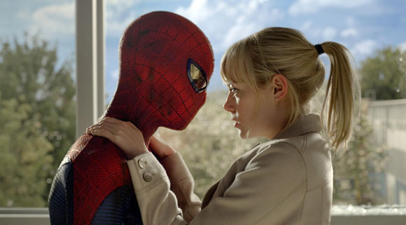 Andrew-Garfield-Emma-Stone-in-The-Amazing-Spider-Man-2012_top10films