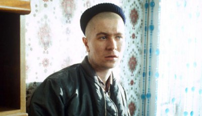 Gary Oldman as Coxy in Mike Leigh's Meantime, Top 10 Films, review,