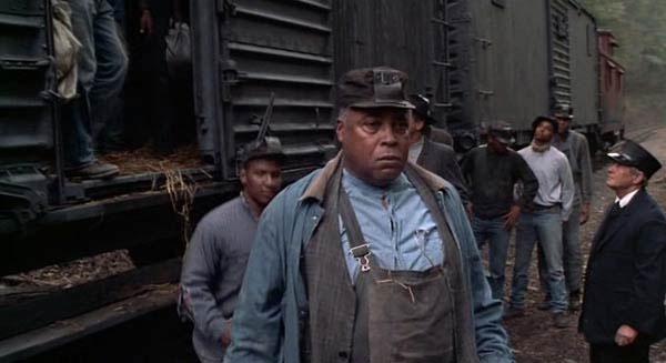 Matewan_sayles_film_race_unions_mining