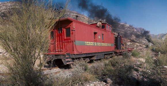 10 Memorable Appearances Of A Train In The Western