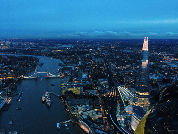 Copyright (c): Kate Axell (London Helicopter)