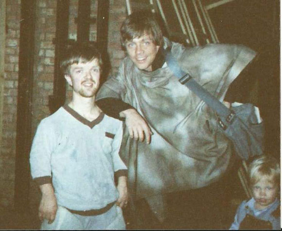 Andy Herd on the set of Star Wars IV: Return of the Jedi with Mark Hamill. PHOTO: Andy Herd/FACEBOOK.