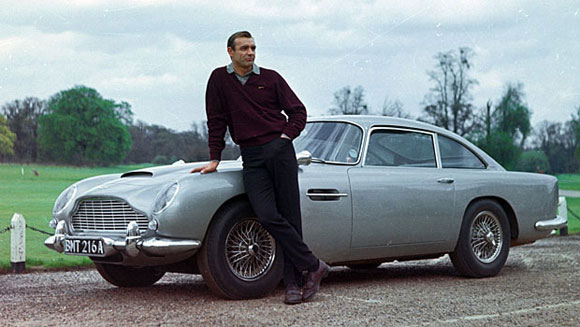 aston-martin-db5-bond_Sean-Connery_Goldfinger