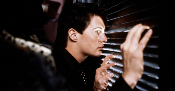 Blue Velvet, David Lynch, Suburbia In Peril,