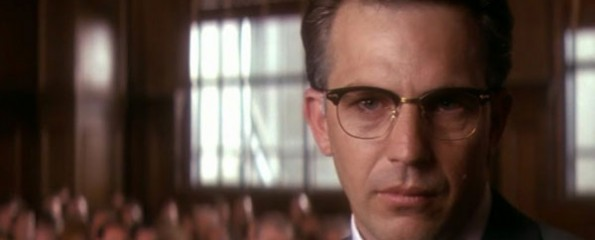 JFK, Kevin Costner breaks the fourth wall,
