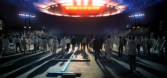 close-encounters-of-the-third-kind_steven-spielberg_alien-spaceship