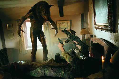 dog soldiers, neil marshall, horror, 2002, film, movie, cinema, werewolf,