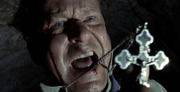 exorcist-the-beginning-father-merrin-cross-exorcism-stellan-skarsgard, Top 10 Films Priests
