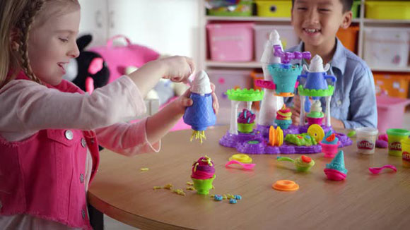 hasbro-play-doh-toys-christmas2016