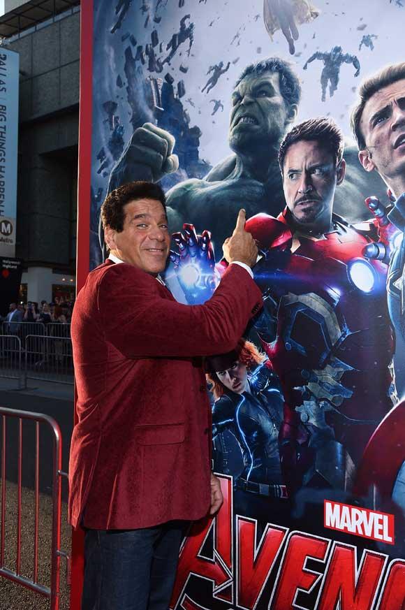 hulk-tv_avengers-age-of-ultron-premiere_la