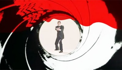 James Bond, Opening Credits sequence, Roger Moore, Blood, Gun shot,