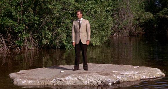 "Live and Let Die - James Bond's Best ""Near Death"" Experiences - Top 10 Films"