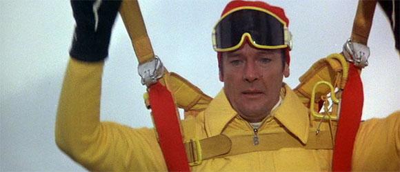 """James Bond's Best """"Near Death"""" Experiences - Top 10 Films"""