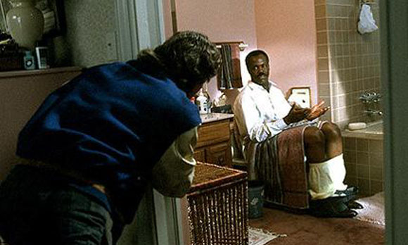 lethalweapon2_top10films, top 10 films, bathroom scenes in film,