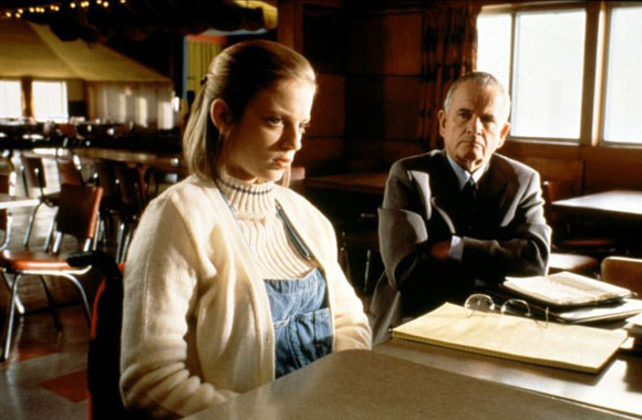 Top 10 Nonlinear Films - The Sweet Hereafter