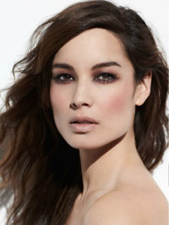 Former Bond girl, Bérénice Marlohe has been cast to star in Dennis Bartok's English-language horror P.O.V.