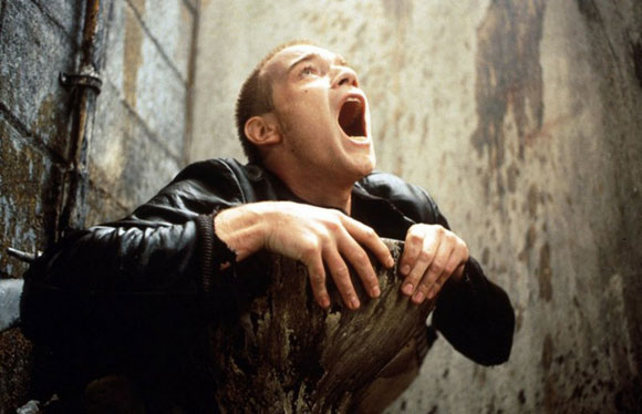 trainspotting_toilet-scene2_top10films, top 10 films, bathroom scenes in film,